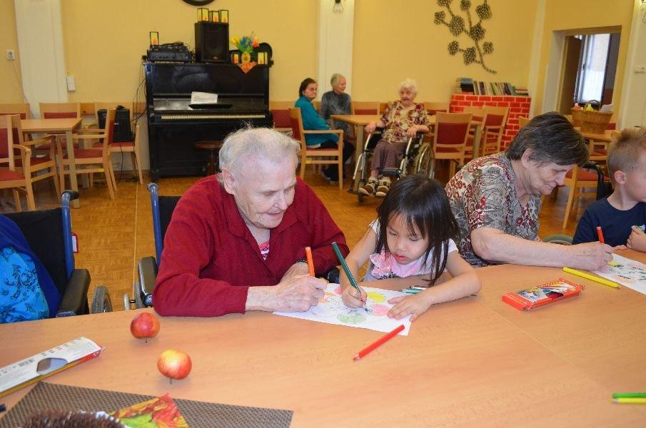 Podzimní výtvarná dílna s dětmi z MŠ Slunečnice