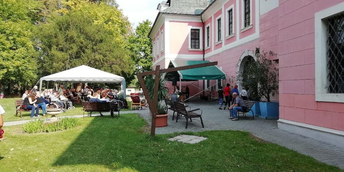Zahradní slavnost Sloup v Čechách