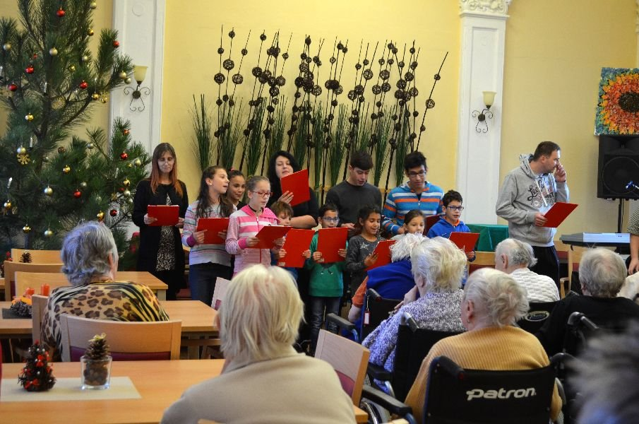 Vánoční besídka Dětský domov Lipová