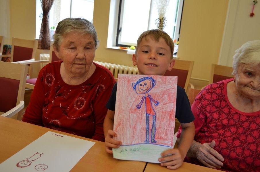 Letní výtvarná dílna s dětmi z MŠ Slunečnice